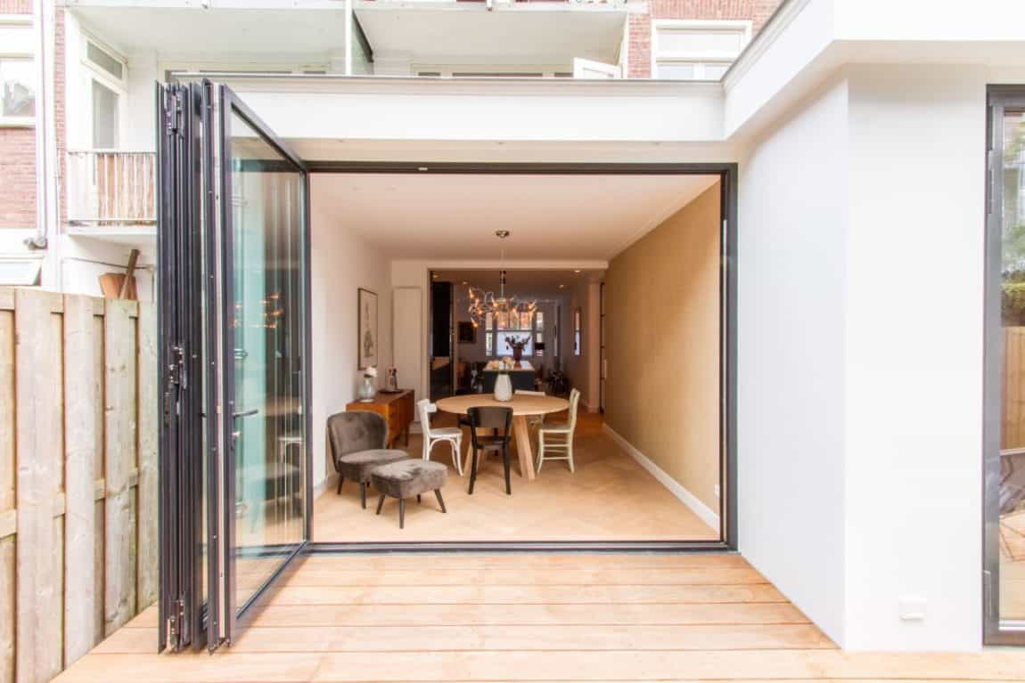 Cozy and Charming Space - Folding Door