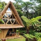 Go-Way-Off-Grid-In-This-Beautiful-Bamboo-Hut-03