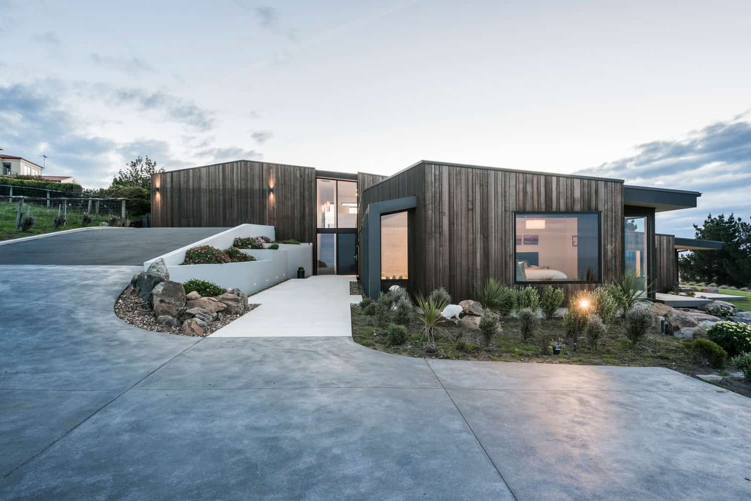 Located on top of a hill in christchurch new zealand for Christchurch architecture firms