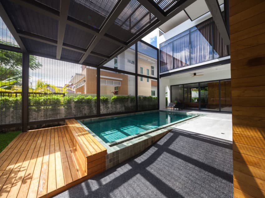 A House Designed for a Family of Five and for the Enjoyment and ...