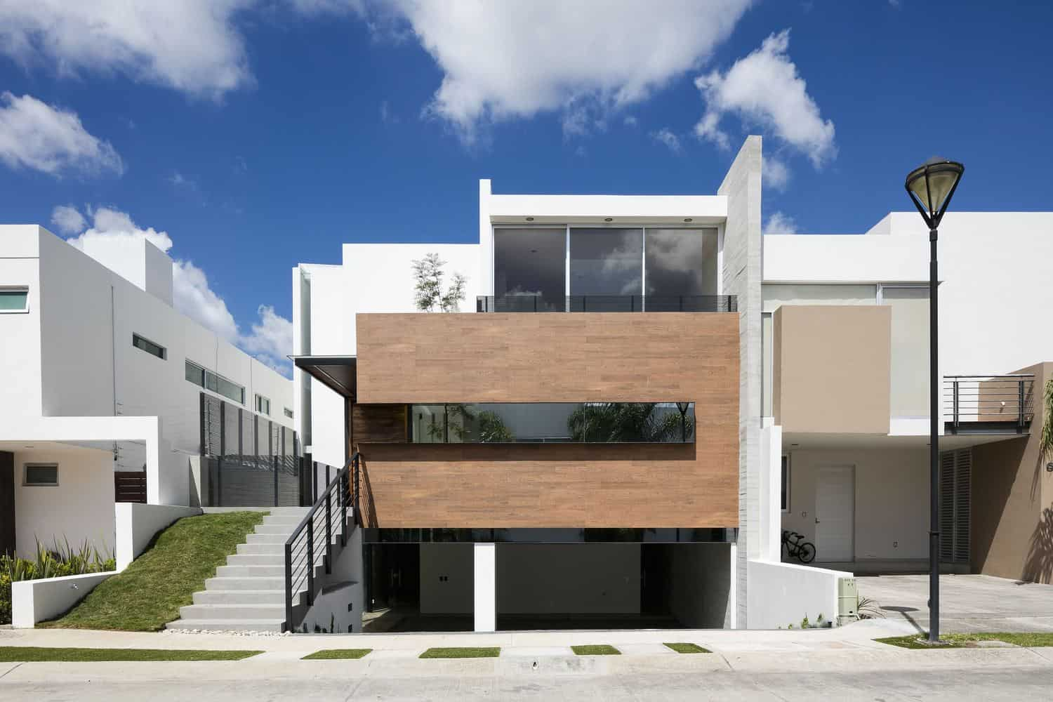 Modern and Functional Design of a House with Open Spaces Located in Jalisco, Mexico