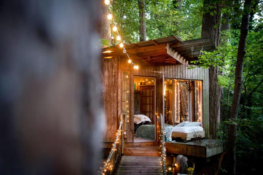 secluded intown treehouse view in gallery