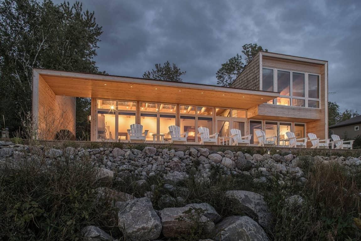 Beach House By Cibinel Architecture On The Coast Of Victoria Canada