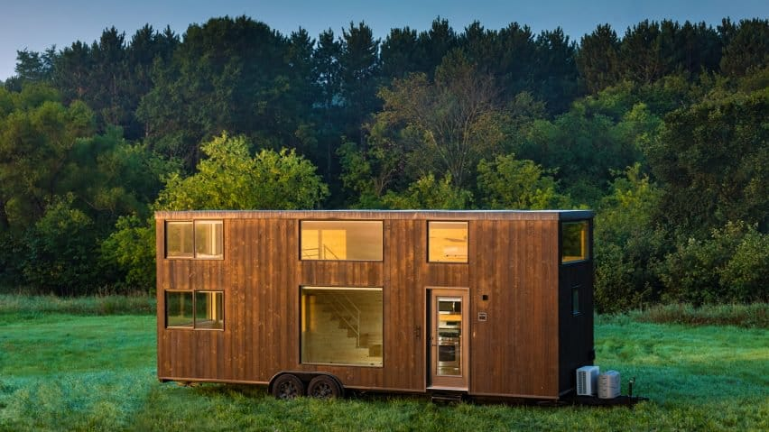 Small Mobile Cabin that will Allow you to Live Wherever you Decide