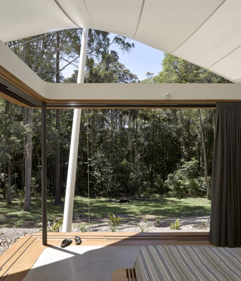 Grand Master Bedrooms With Even Grander Scenery