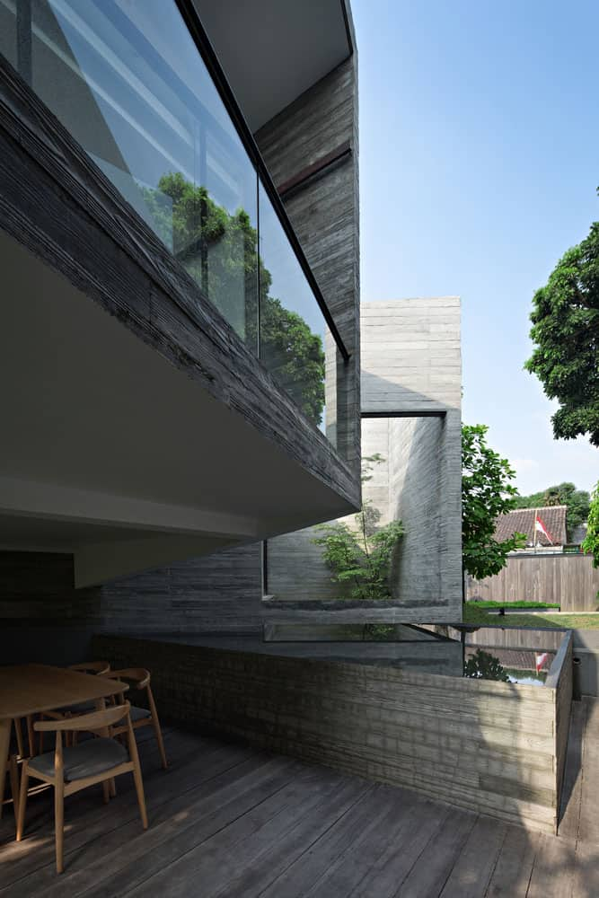 One Storey House Intended for Vacational Use