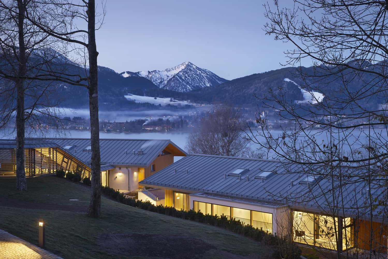 Warm Chalet With Fabulous Views Over The Mountains
