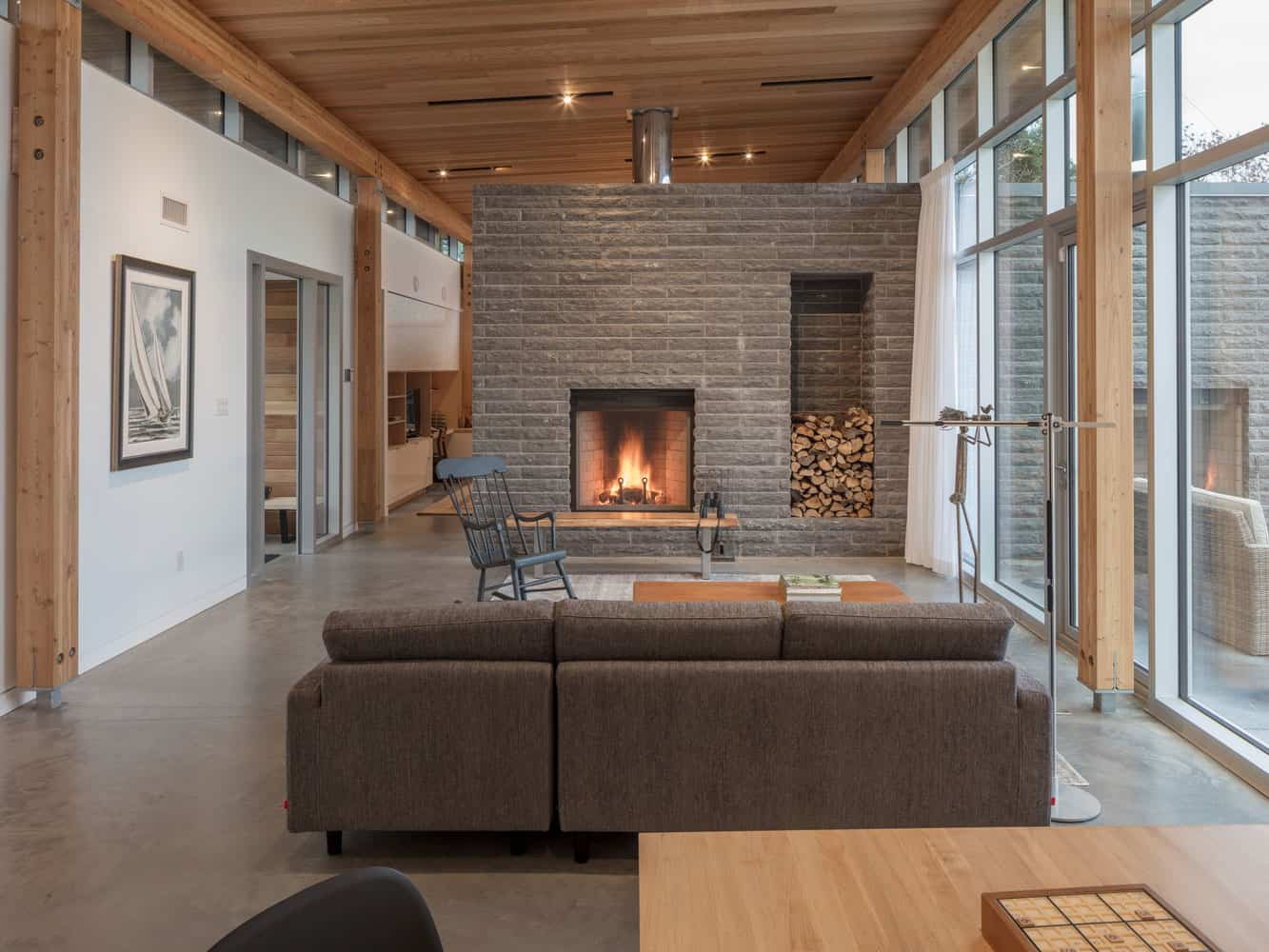 Stunning and Modern Residence Designed for a Couple in their Seventies