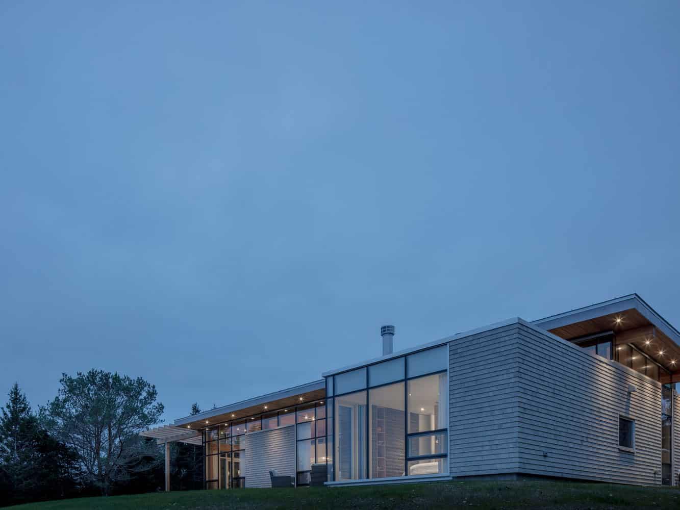 House-in-Scotch-Cove-10