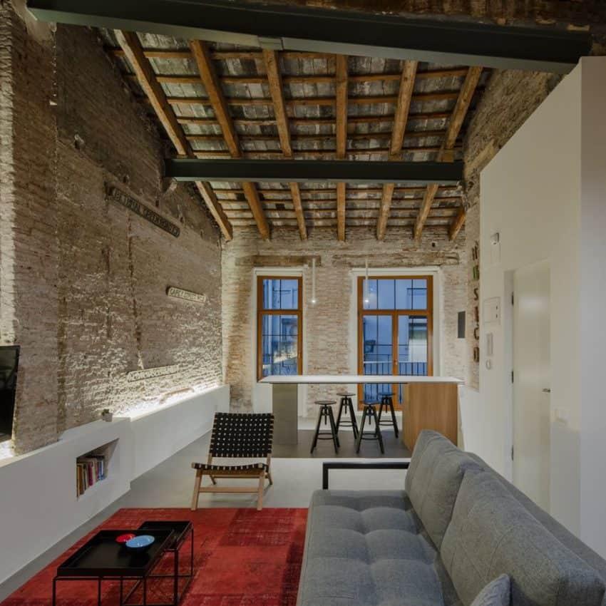 Twentieth Century Apartment with a Modern Interior