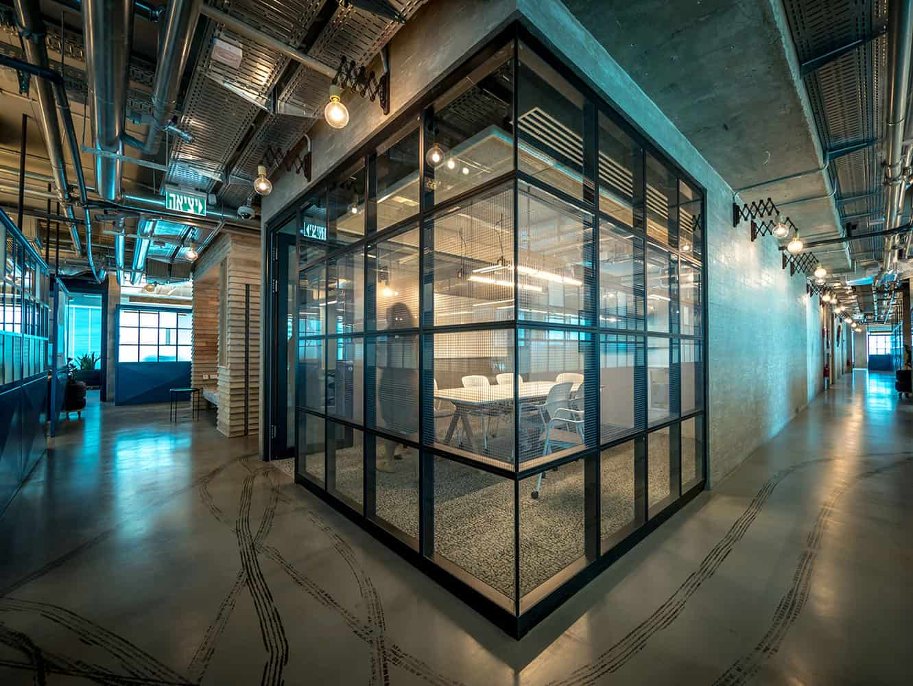 Offices with a marked industrial touch for Alto design architects