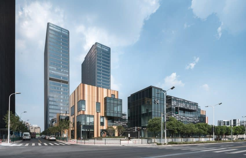 Spectacular Office Center in the City of Shanghai Shi, China