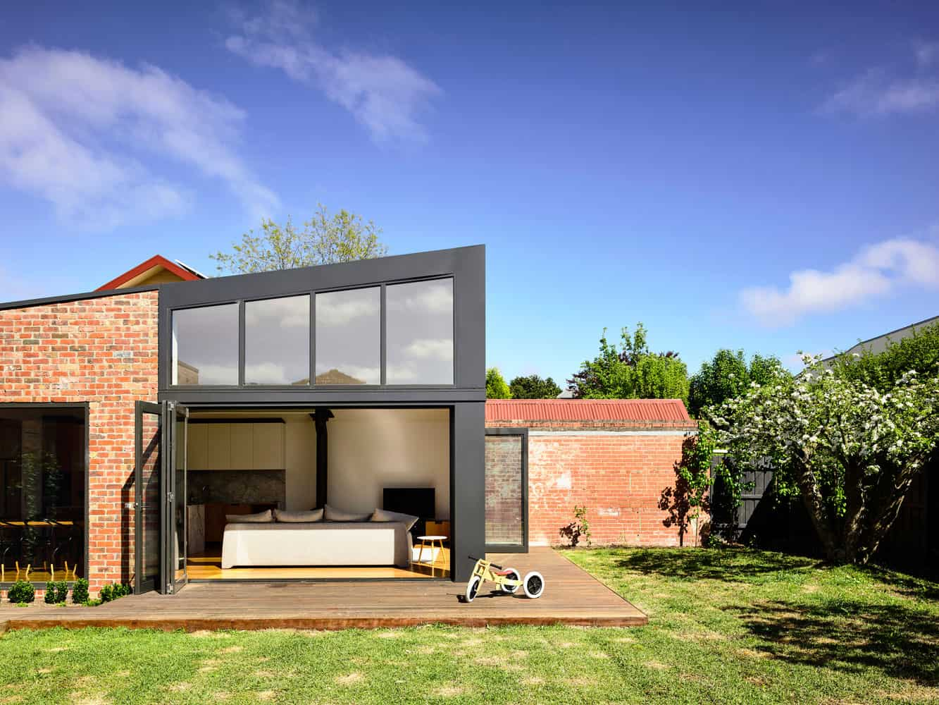 Wonderful Remodeling of a House Dating from The 40's