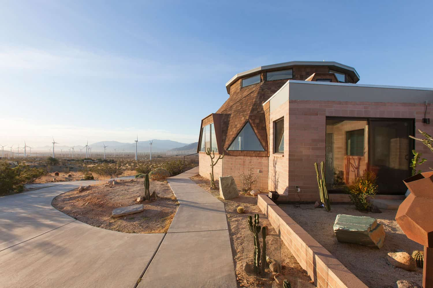 Fantastic Remodeling of an Old House Built in 1956