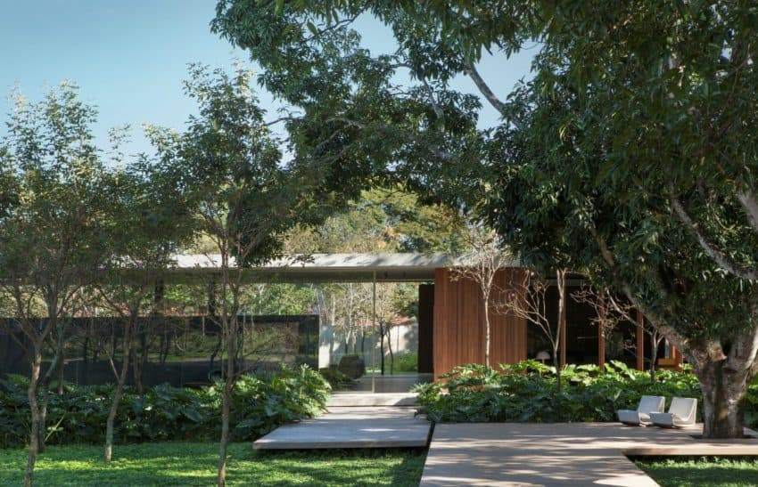 Mi Casa, a Project in Which an Architect Designs for Another Architect
