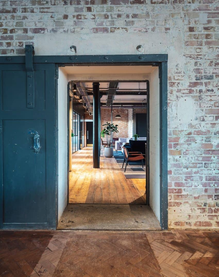 Offices Where the Industrial Style Gives a Touch of Originality