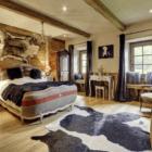 La Ferme du Lac Vert guest bedroom 2