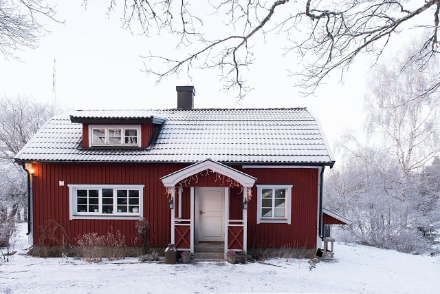 """Mały domek 29, or Swedish """"Small House"""", created by HusmanHagberg, is a stunning example of cozy living"""