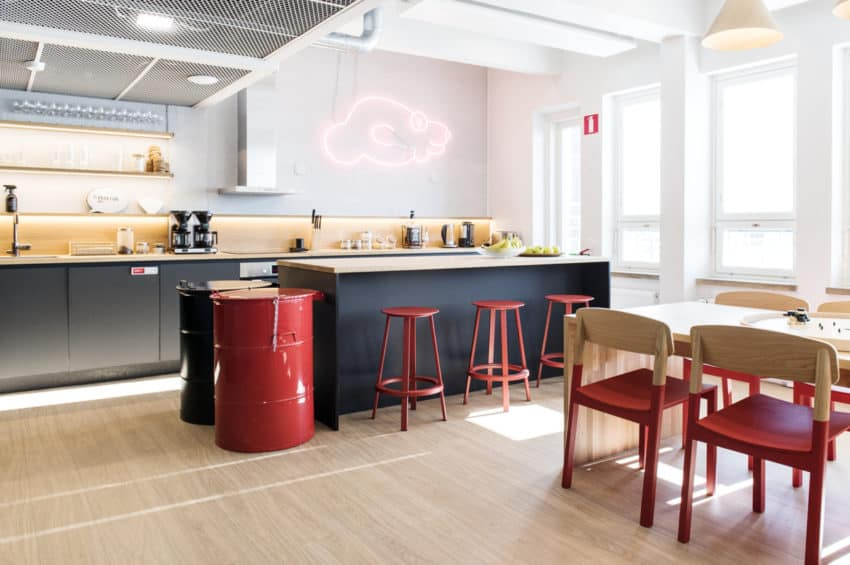 Franz Designs Creates Fraktio Offices To Feel Like A Second Home But With A  Motivational Atmosphere