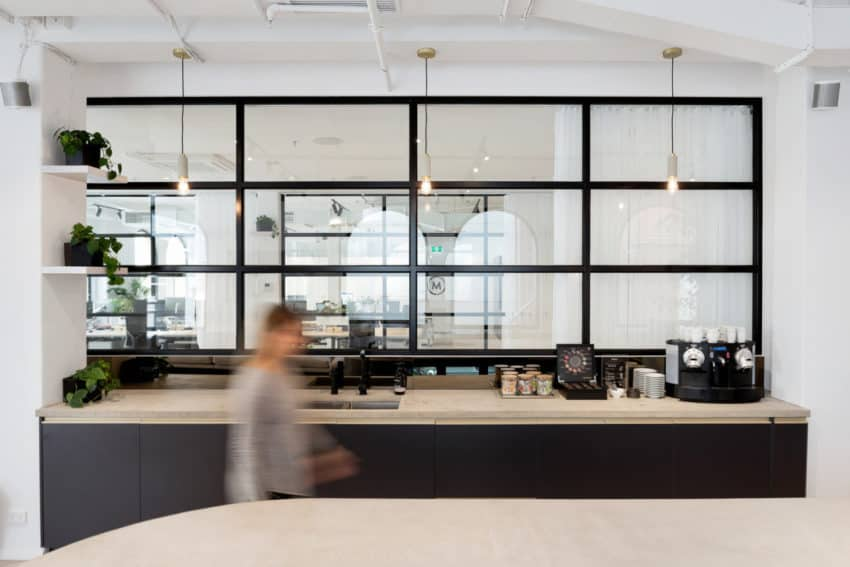 Australian Maximus Offices created by Siren Design to give business consultants a dynamic, modern workspace