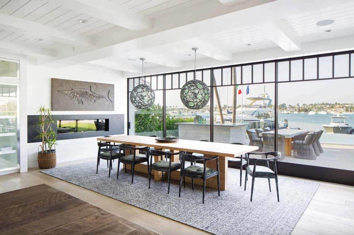 Modern Newport Beach House Dining Room