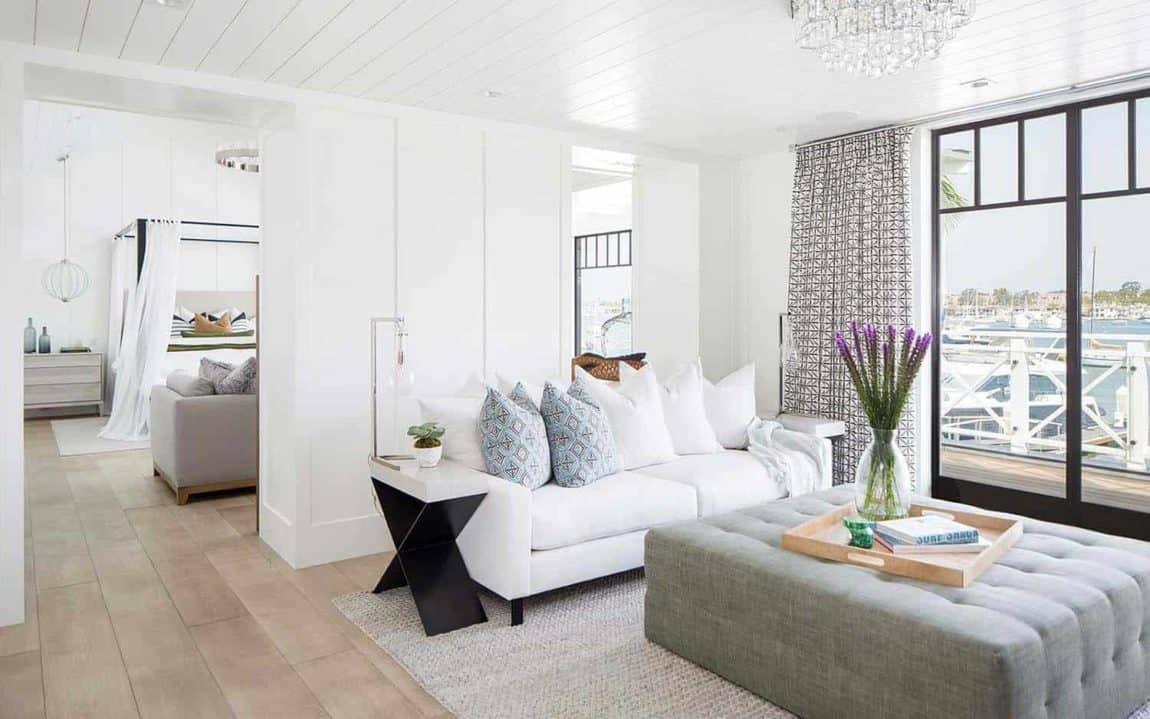 Modern Newport Beach House master bedroom seating