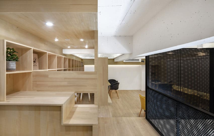 Daodao Coffee built by HAD Architects& EPOS in Japan as a relaxation space in the middle of a busy day
