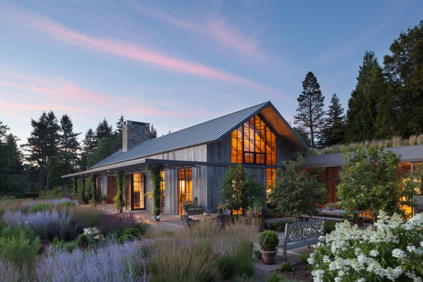 Beautiful Country Garden House by Olson Kundig made using wood from floor to ceiling