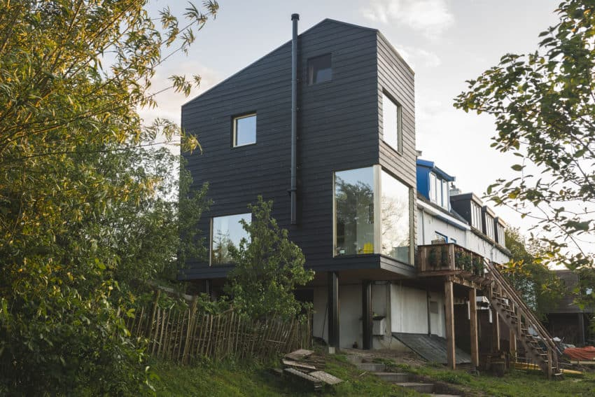 House Extension Along the Dike created by Walden Studio to provide young family with better views