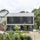 Australia Cooks River House by studioplusthree