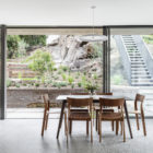 Australia Cooks River House by studioplusthree- dining area