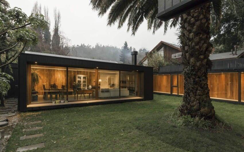 De la Palmera House in Chile designed by Prado Arquitectos