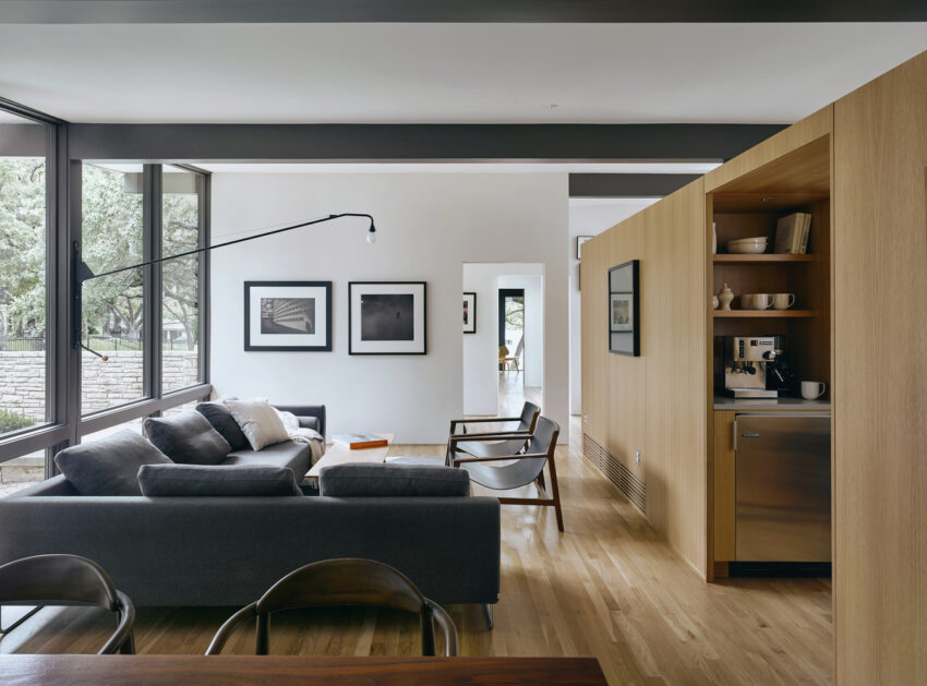 raveon living area
